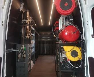 BOTT kaubikute sisutuslahendused ning kaubikute ümberehitus mobiilseks töökojaks